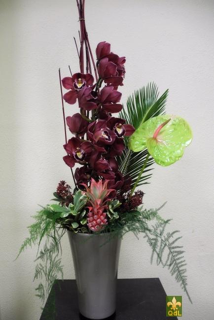 Branche de Cymbidium , Anthurium , Ananas, Feuille de cycas